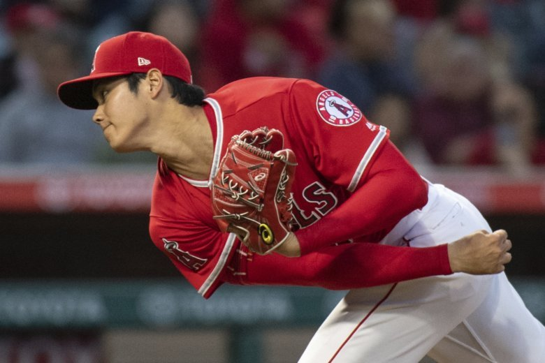 Ohtani+Pitching+for+the+Angels