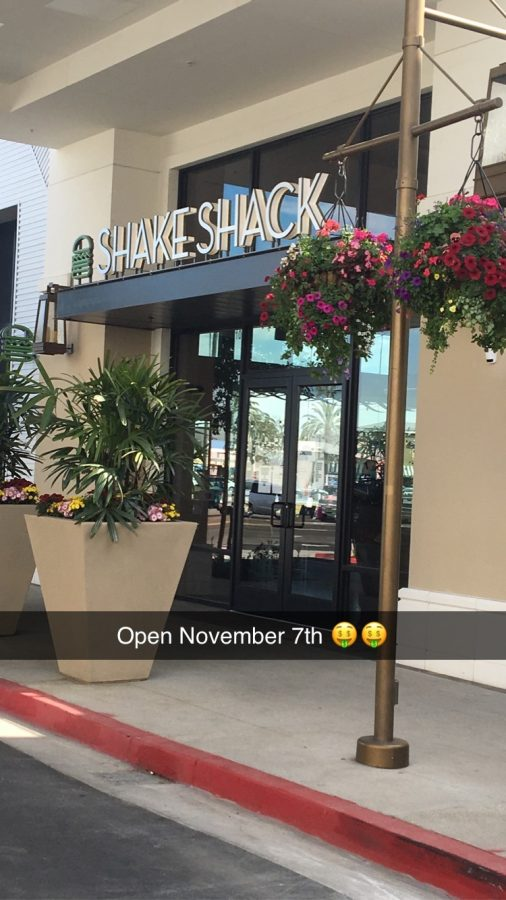 Shake Shack's new home in 2nd and PCH Credit: Trevor Hart